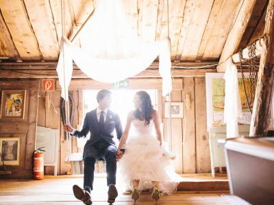 Anna & Viktor - Swedish barn wedding